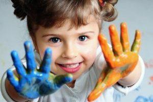 perche-l-arte-terapia-fa-bene-a-bambini-e-ragazzi[1]